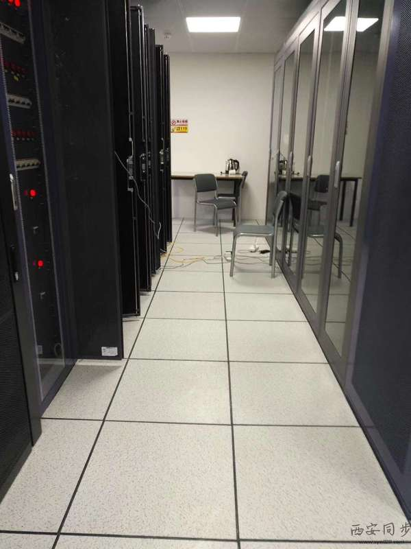 新能源电力时间同步系统机房.jpg